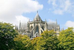 residence-cerise-nantes-la-beaujoire-cathedrale-saint-pierre-saint-paul.jpg