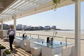 hotel-cerise-royan-le-grand-hotel-de-la-plage-restaurant-atlantic-royan.jpg