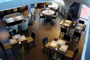 hotel-cerise-royan-le-grand-hotel-de-la-plage-restaurant-la-siesta.jpg