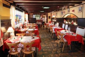residence-cerise-strasbourg-restaurant-pfifferbriader.jpg