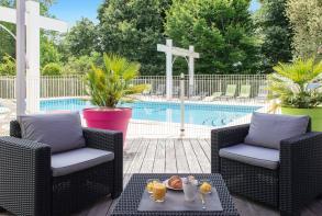 residence-cerise-les-jardins-du-lac-saint-paul-les-dax-salle-de-petit-dejeuner (1).jpg