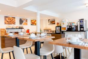 25residence-cerise-nantes-atlantis-saint-herblain-salle-petit-dejeuner-2019-1 (1).jpg