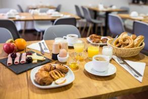 31-residence-cerise-strasbourg-petit-dejeuner.jpg