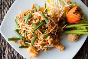 PHOTO-PADTHAI.JPG