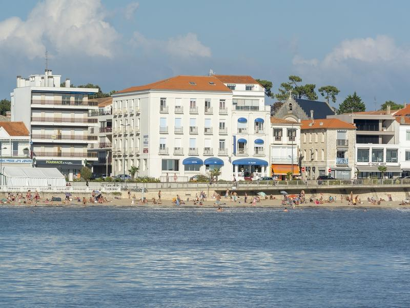 Grand Hotel De La Plage Cerise Hotels Residences In Royan