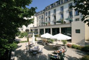 residence-cerise-les-sources-luxeuil-les-bains-facade-et-exterieurs (19).jpg